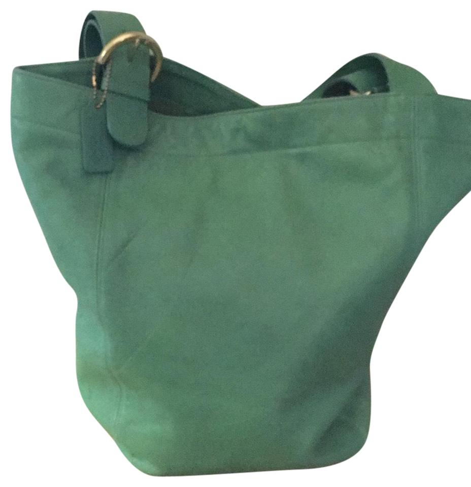 e9dc7aa1458cb Coach Vintage Tote in light green Image 0 ...