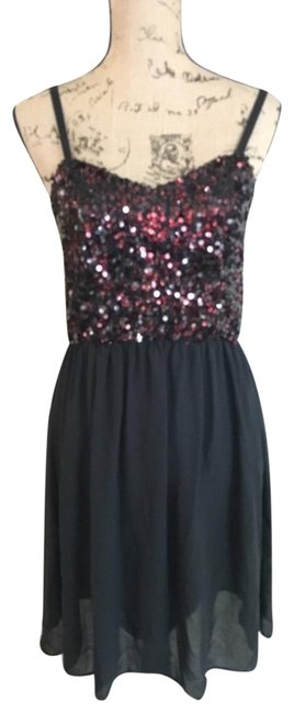 Item - Black with Red 234567 Short Night Out Dress Size 12 (L)