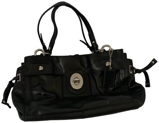 Preload https://img-static.tradesy.com/item/24687827/coach-black-leather-shoulder-bag-0-1-540-540.jpg