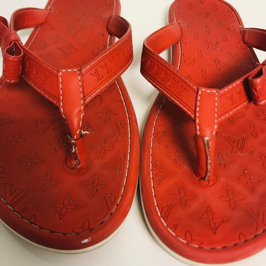 Louis Vuitton Lv Rubber Lasercuts Musthave Sumerwear red Flats Image 5