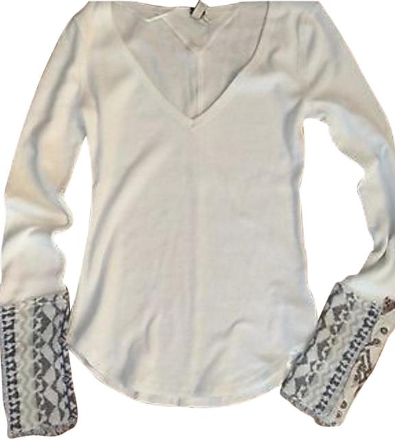 Preload https://img-static.tradesy.com/item/24688628/free-people-art-school-cuff-thermal-ivory-sweater-0-1-650-650.jpg