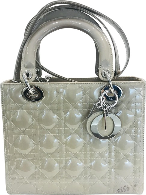 Item - Lady Pearlize Cannage Medium Beige Patent Leather Tote