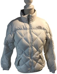 The North Face Jacket. The North Face White Goose Down Ski Jacket  Activewear Size 6 (S) 24e62a643