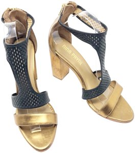 a04e263a37e7 Anthropologie Sandals - Up to 90% off at Tradesy