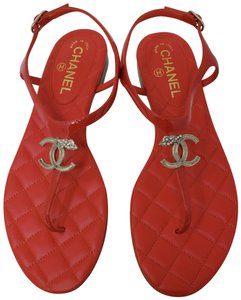 d94e62d9745a5d Chanel Interlocking Cc Crystal Pearl Ankle Strap Patent Leather Red Sandals