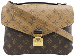 Louis Vuitton Canvas Monogram Metis Shoulder Bag