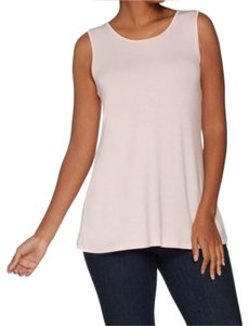 dcd2d1034 Women s Active Tops - Athletic Designer Fashion at Tradesy (Page 107)
