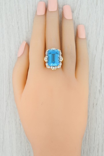 Other 20.60ctw Blue Topaz & CZ Cocktail Ring - 14k Yellow Gold Size 7.5 Halo