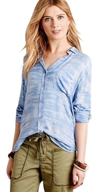 Preload https://img-static.tradesy.com/item/24693051/anthropologie-blue-sky-blouse-by-cloth-and-stone-button-down-top-size-2-xs-0-1-650-650.jpg