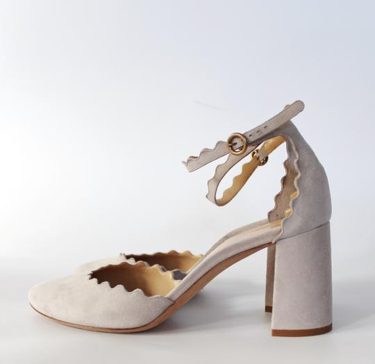 Chloé Scalloped Ankle Strap ELEPHANT GREY Pumps