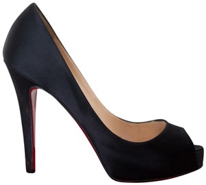 de987674433 Christian Louboutin Very Prive Pumps - Up to 70% off at Tradesy