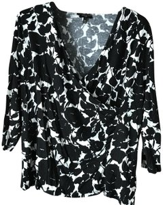 Talbots Pullover Surplice Style Ruching Rayon/Lyocell Top Petite XL Black and White