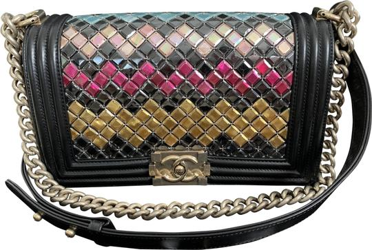 Preload https://img-static.tradesy.com/item/24694080/chanel-boy-multicolor-mosaic-tile-handbag-black-lambskin-leather-shoulder-bag-0-1-540-540.jpg