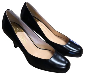 0676b50f88c9 Black Cole Haan Pumps - Up to 90% off at Tradesy