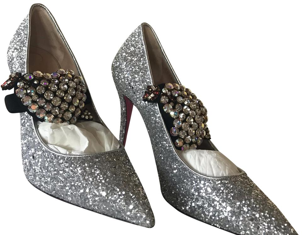 de76442408d7 Gucci Silver 95mm Virginia Glitter with Crystal Heart Pumps Size US ...