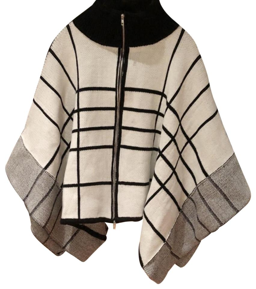 Plaid Knit Zip Front Poncho Cream & Black Sweater 55% off retail
