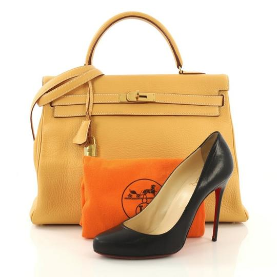 Hermès Kelly Leather Tote in Natural Sable yellow Image 1