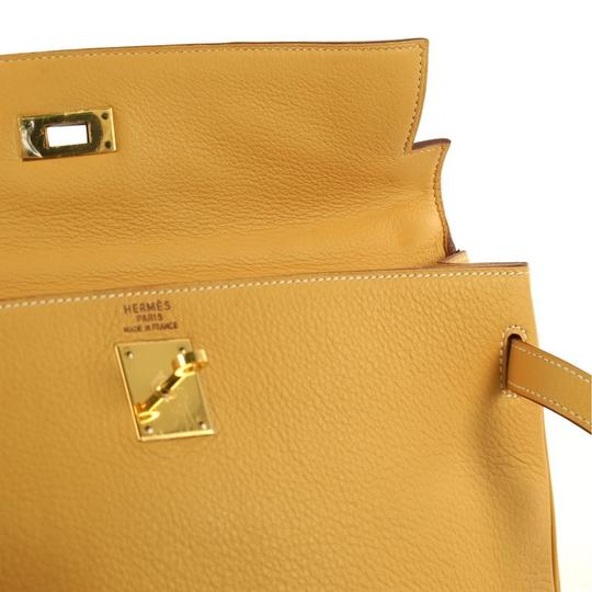 Hermès Kelly Leather Tote in Natural Sable yellow Image 5