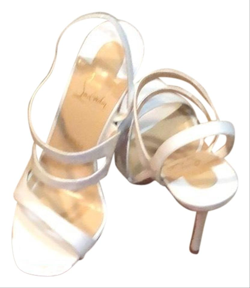 757d3bd88ce9 Christian Louboutin White Vavazou Patent Leather Sandals. Size  US 9 ...