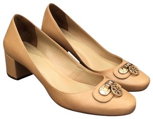 Tory Burch neutral Pumps