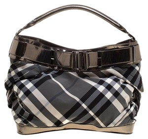 b4b602df3726 Grey Burberry Bags - Up to 90% off at Tradesy