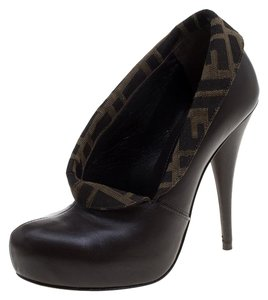 2a0941a33be Women s Brown Fendi Shoes - Up to 90% off at Tradesy
