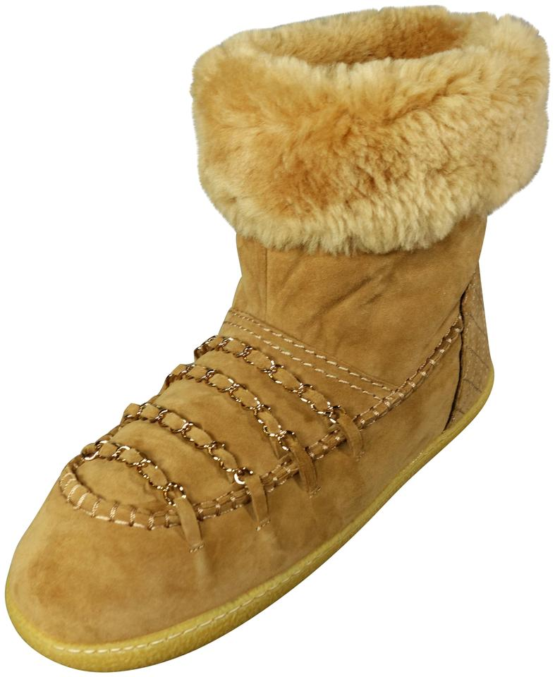 9864ea11fb112 Chanel Dark Beige Ankle Shearling Suede Gold Woven Chains New Boots/Booties