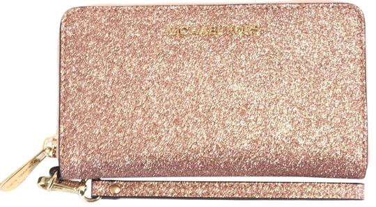 6cce990cdee6 ... netherlands michael kors new michael kors giftable large multifunction  phone wristlet wallet cl 0d581 386a9