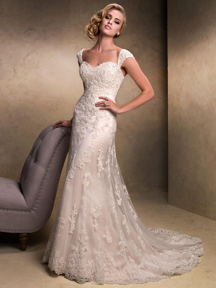 Maggie Sottero Ligh Gold Lace Emma Traditional Wedding Dress Size 24