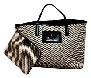 Marc by Marc Jacobs Tote in tan and black