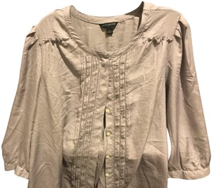 Banana Republic Pleated Front 3/4 Sleeve With Band Great Layering Piece Button Down Shirt Light lavender