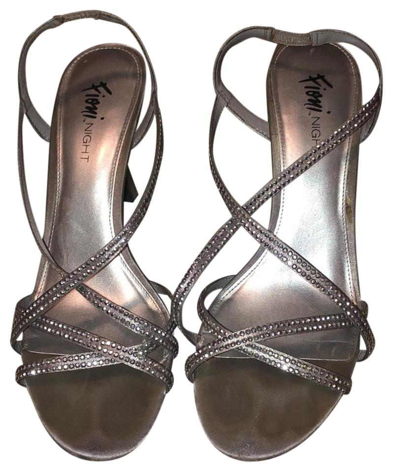 f2e144704fd Fioni Silver Heels Formal Shoes Size US 9 Regular (M