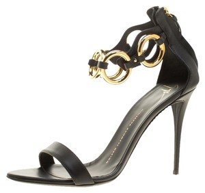 c4995fb4c8e Giuseppe Zanotti Sandals - Up to 90% off at Tradesy