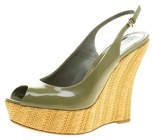 Gucci Patent Leather Wardrobe Green Wedges