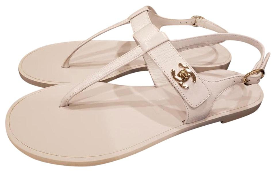 25c22c318ddd Chanel White Lambskin Leather Turnlock Thong G33695x52652 Sandals ...