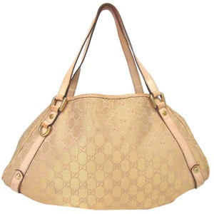 dd0ebc634d58 Beige Gucci Bags - Up to 90% off at Tradesy