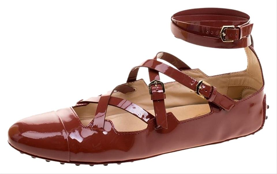 d2b46eb3c72 Tod s Brown Maroon Patent Leather Criss Cross Strap Ballet Flats. Size  EU  39 (Approx.