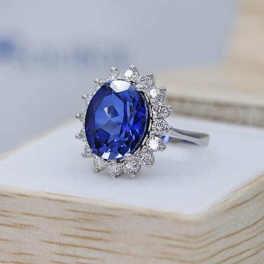 Preload https://img-static.tradesy.com/item/24706352/14-k-white-gold-amazing-blue-sapphire-fashion-ring-0-0-540-540.jpg