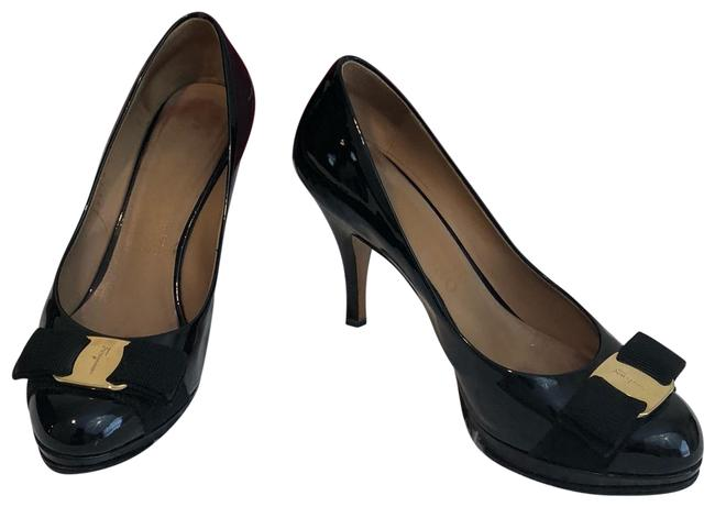 Item - Black Tina Patent Vara Bow Pumps Platforms Size US 5 Wide (C, D)