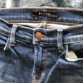 J Brand Denim Medium Wash Skinny Jeans Size 2 (XS, 26) J Brand Denim Medium Wash Skinny Jeans Size 2 (XS, 26) Image 8
