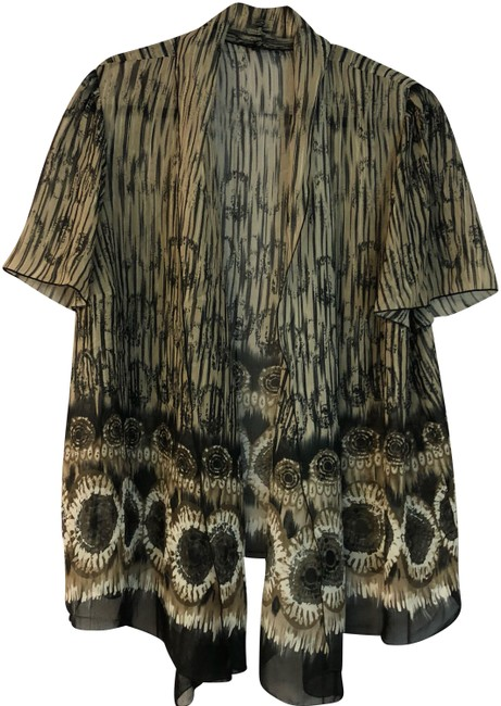 Preload https://img-static.tradesy.com/item/24706752/brown-open-front-printed-poly-blouse-1x-cardigan-size-20-plus-1x-0-2-650-650.jpg