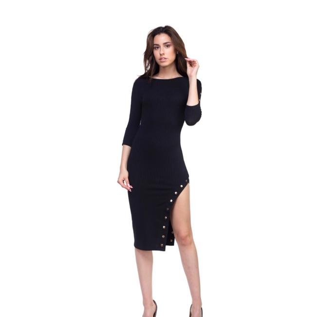 Preload https://img-static.tradesy.com/item/24706783/black-button-detail-asymmetrical-midi-mid-length-short-casual-dress-size-4-s-0-0-650-650.jpg