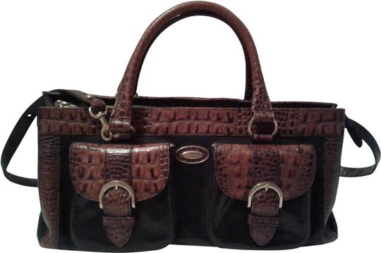 Preload https://img-static.tradesy.com/item/24706798/brahmin-tuscan-large-convertible-black-brown-leather-satchel-0-4-540-540.jpg