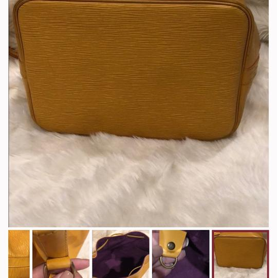 Louis Vuitton Tote in yellow Image 2