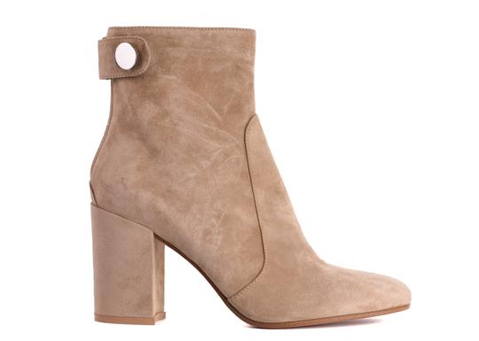 Preload https://img-static.tradesy.com/item/24707135/gianvito-rossi-brown-womens-lindon-suede-ankle-c3430-bootsbooties-size-us-9-regular-m-b-0-0-540-540.jpg