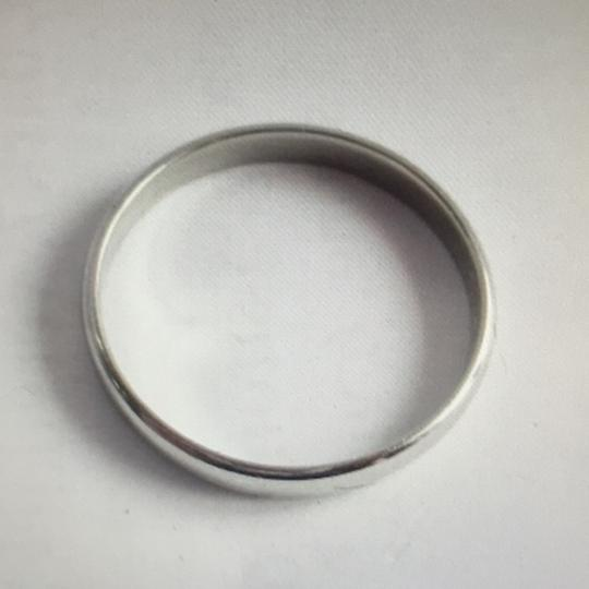 unknown 18Kt White Gold Band, stamped 18K Image 1