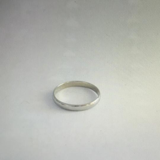 unknown 18Kt White Gold Band, stamped 18K Image 2