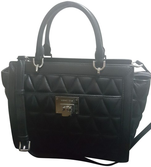 Preload https://img-static.tradesy.com/item/24707620/michael-michael-kors-vivianne-large-top-black-quilted-leather-satchel-0-1-540-540.jpg