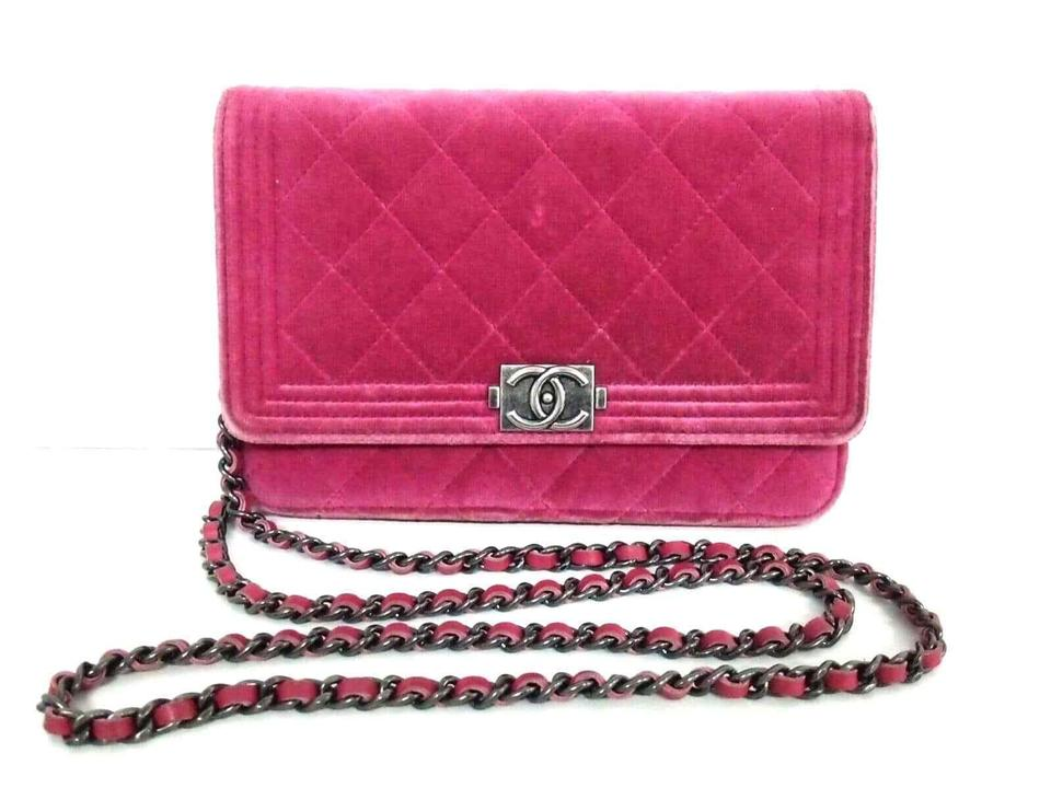 Chanel Wallet on Chain Boy Chain Wallet Pink Velvet Shoulder Bag ... 81d9f6e9df
