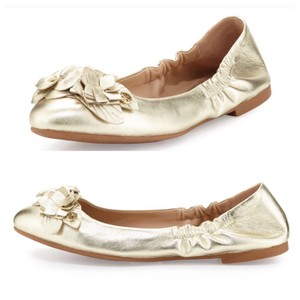 537ce574750398 Tory Burch Flats - Up to 90% off at Tradesy